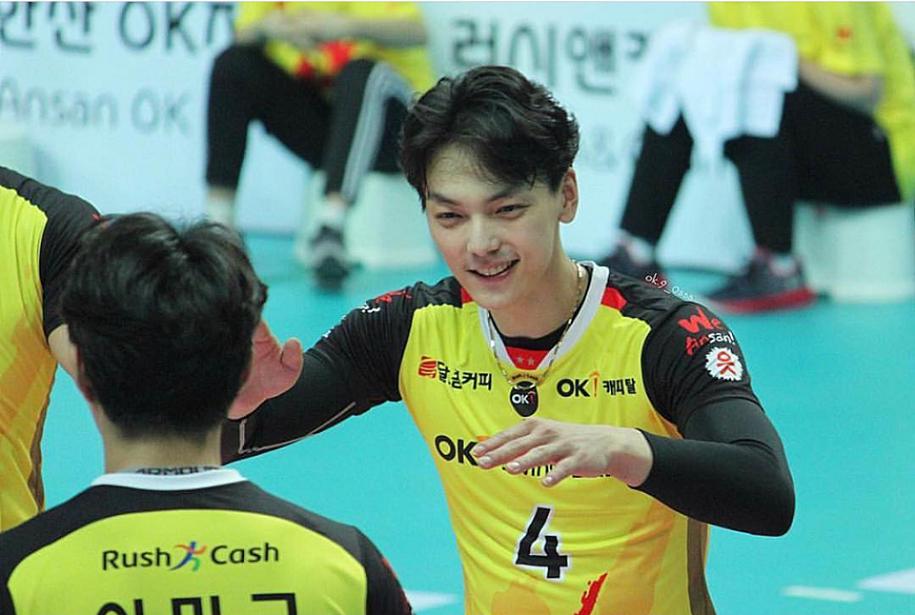 Nam thần bóng chuyền Hàn Quốc - Jo Jaesung: Điển trai đến ngỡ ngàng