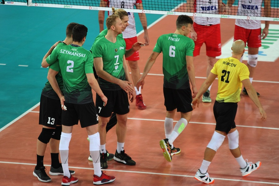 Hạ Bydgoszcz, GKS Katowice leo lên vị trí thứ 5 tại giải bóng chuyền VĐQG Ba Lan