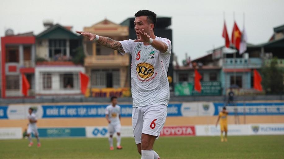 Cảnh báo Lee Nguyễn: V.League là miền đất dữ với các ngôi sao người Mỹ