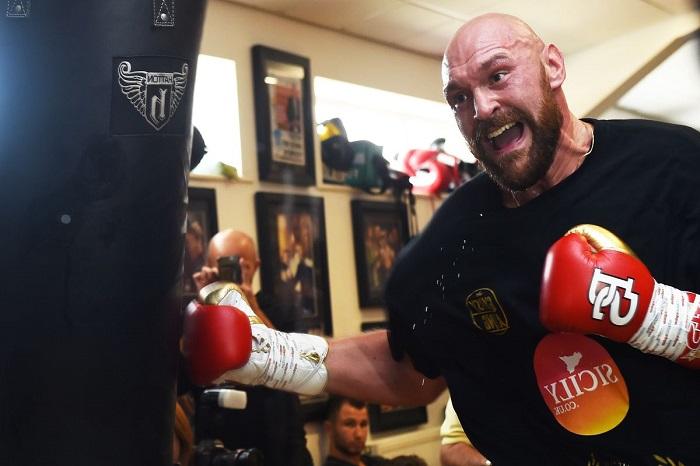 HLV của Tyson Fury thừa nhận học trò chưa đạt 100% về thể chất