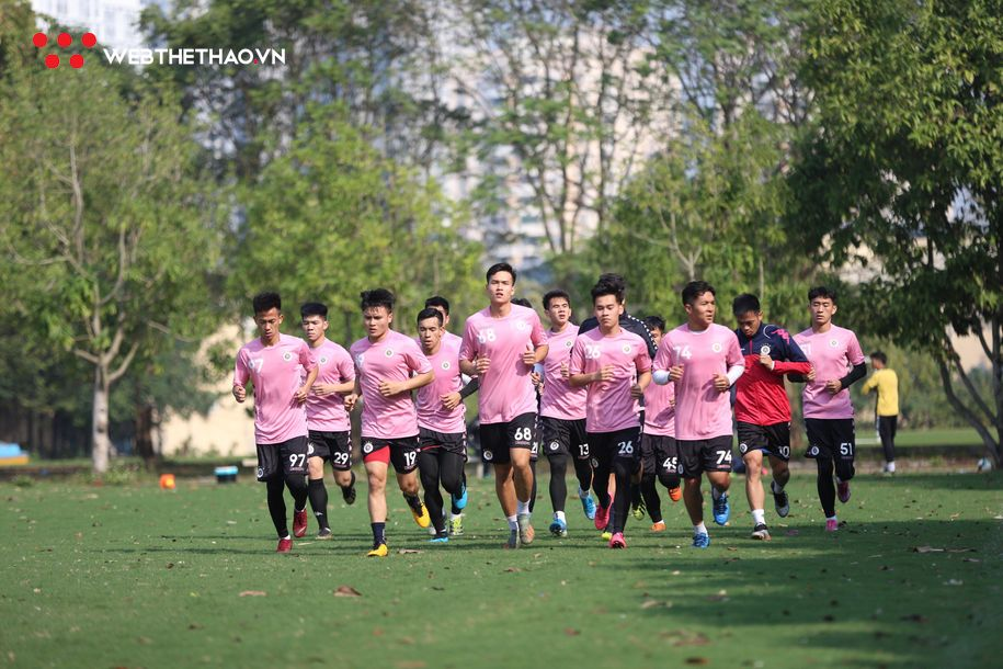 HLV của Hà Nội FC chỉ ra những thách thức tại V.League 2020