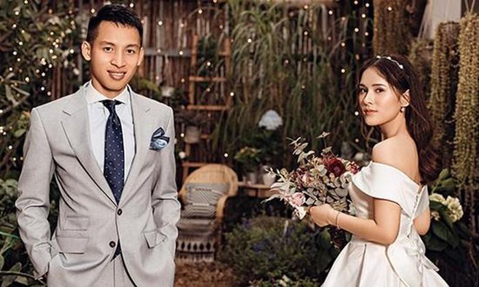 Những cuộc tình đẹp như mơ cùng cái kết có hậu của các ngôi sao bóng đá Việt Nam