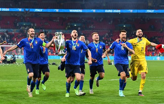 Italia bay cao trên bảng xếp hạng FIFA nhờ vô địch EURO 2021