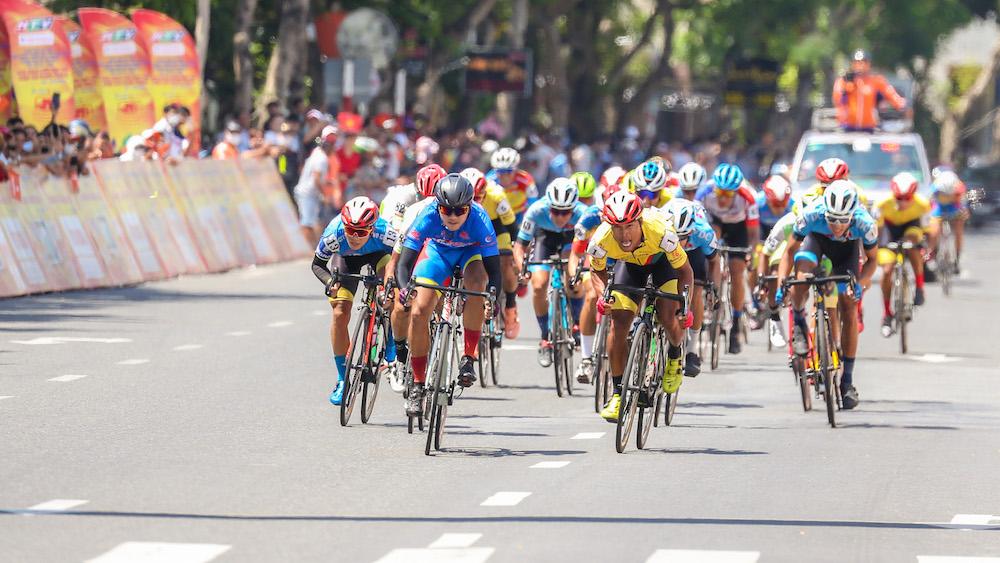 Trực tiếp đua xe đạp Cúp truyền hình HTV 2021 hôm nay 19/4