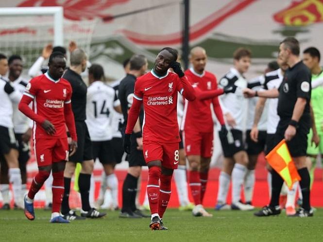 Liverpool chính thức trở thành nhà đương kim vô địch sa sút nhất