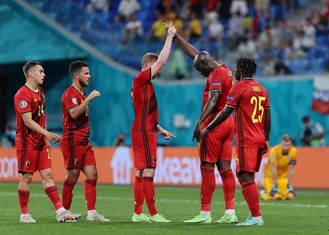 Lukaku sánh ngang Ronaldo dù bị tước bỏ bàn thắng
