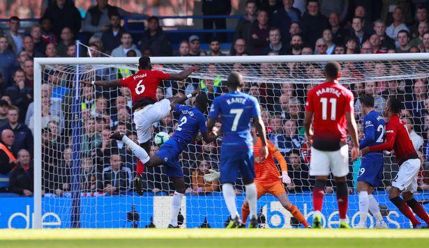 Paul Pogba đã la hét gì với Victor Lindelof sau khi Man Utd bị Chelsea chọc thủng lưới? - Ảnh 1.