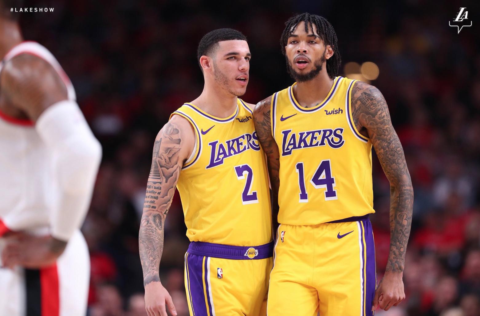 Các cầu thủ trẻ của Lakers thi đấu không như kỳ vọng, LeBron James nghĩ gì về điều này? - Ảnh 2.