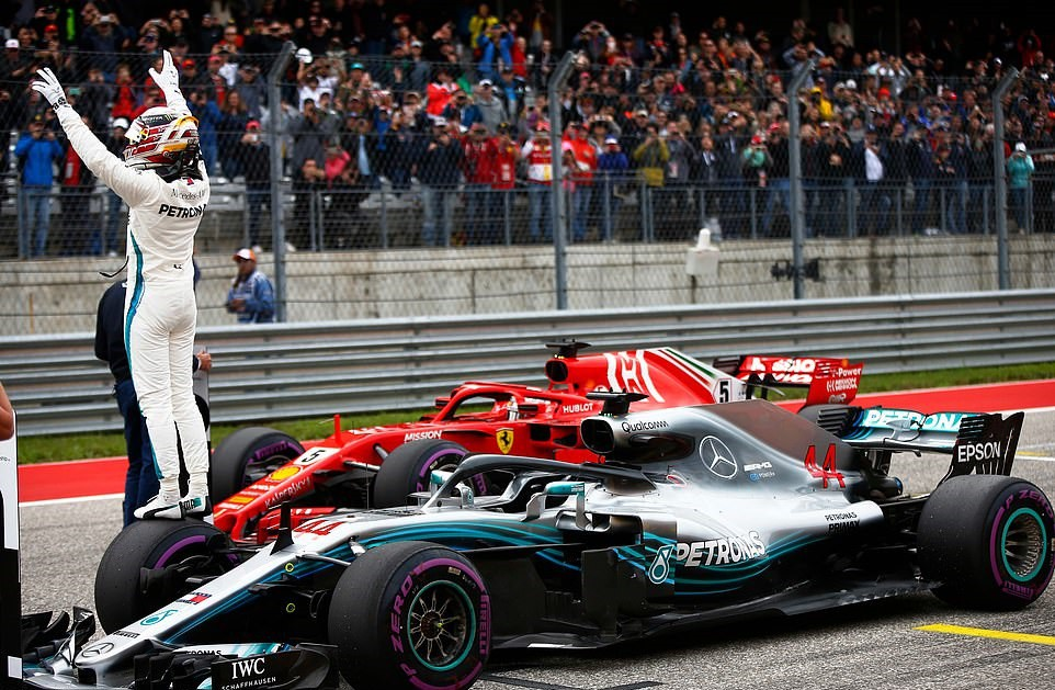 Đua phân hạng US GP: Không gì cản nổi Lewis Hamilton - Ảnh 2.