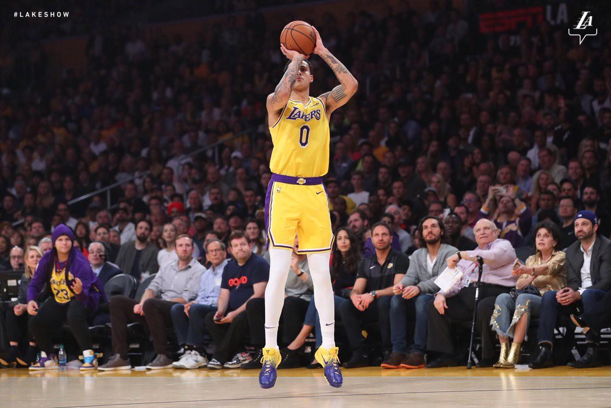 Kết quả trực tiếp NBA 2018-19: LA Lakers 115-124 Houston Rockets - Ảnh 8.