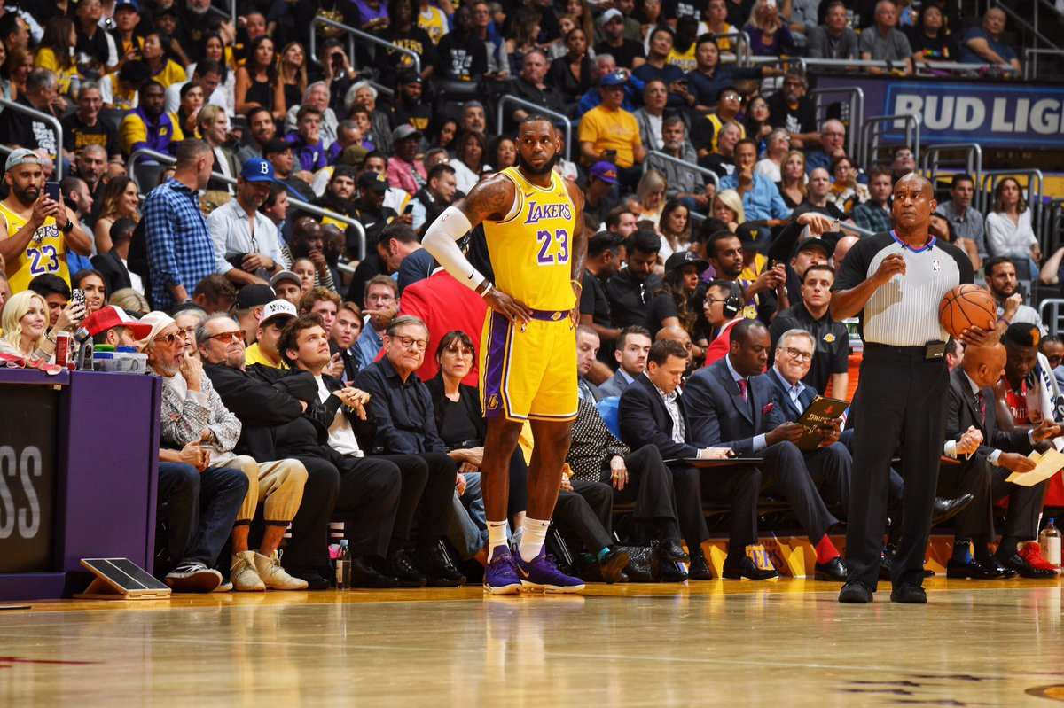 Kết quả trực tiếp NBA 2018-19: LA Lakers 115-124 Houston Rockets - Ảnh 7.