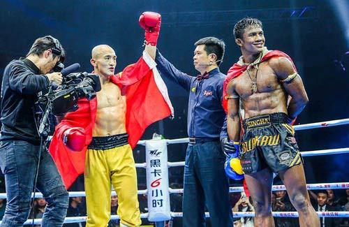 Thật hay đùa: Buakaw tung tin gã khổng lồ Hong Man Choi đấu với Yi Long - Ảnh 5.