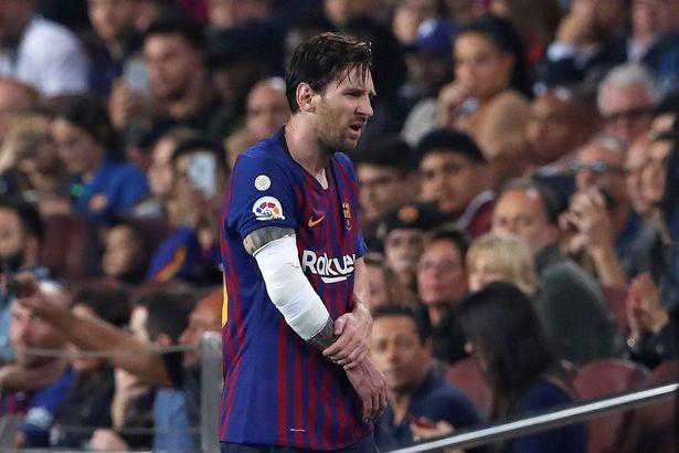 Barcelona lên ngôi đầu La Liga nhưng mang theo vô vàn những nỗi lo - Ảnh 1.