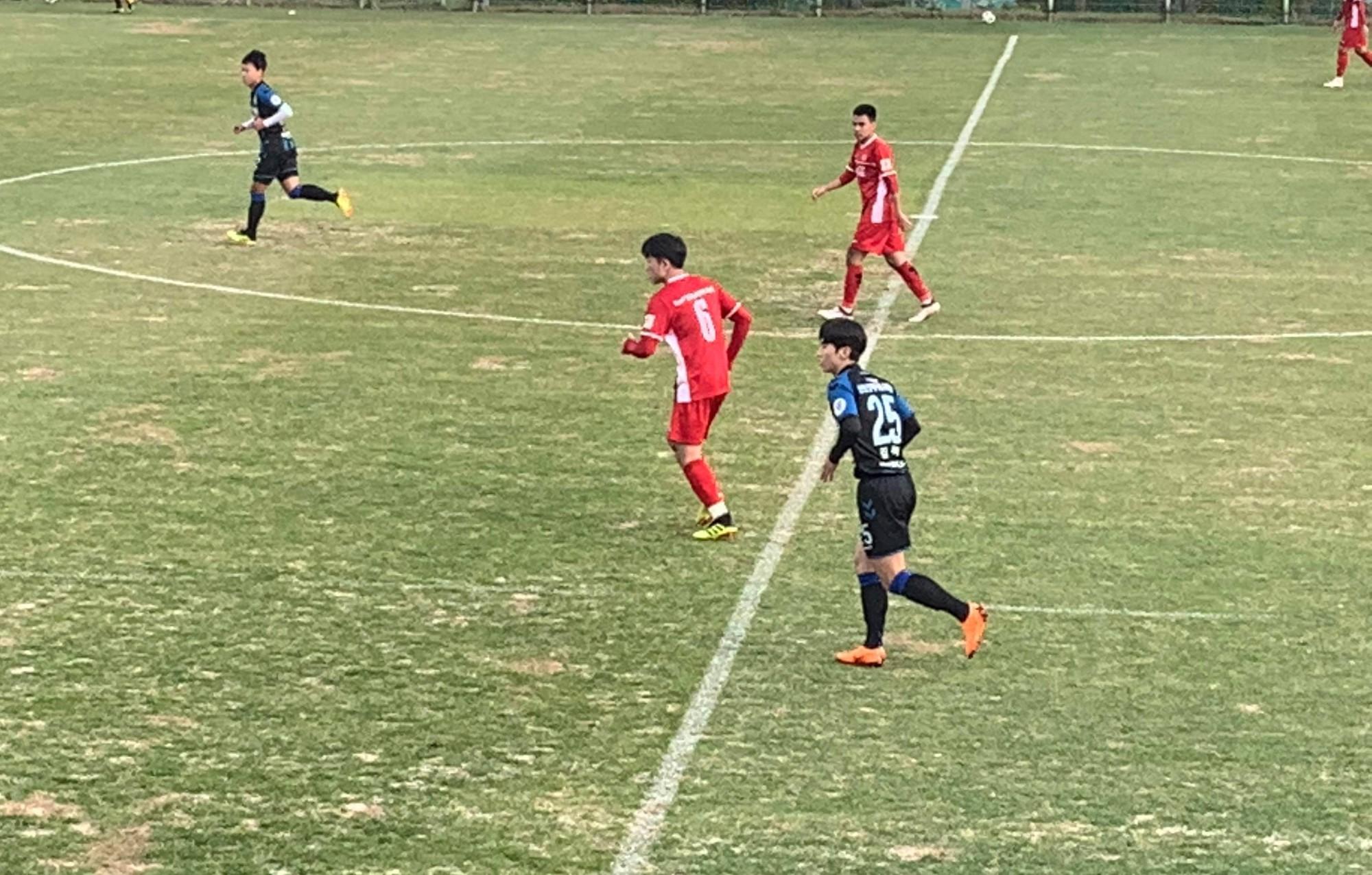 Thử nghiệm 2 đội hình, đội tuyển Việt Nam thua sát nút Incheon United tại Hàn Quốc - Ảnh 4.