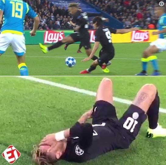 Nổi giận đùng đùng vì bị Cavani... phạm lỗi, Neymar từ chối bắt tay HLV trưởng sau trận hòa với Napoli - Ảnh 3.