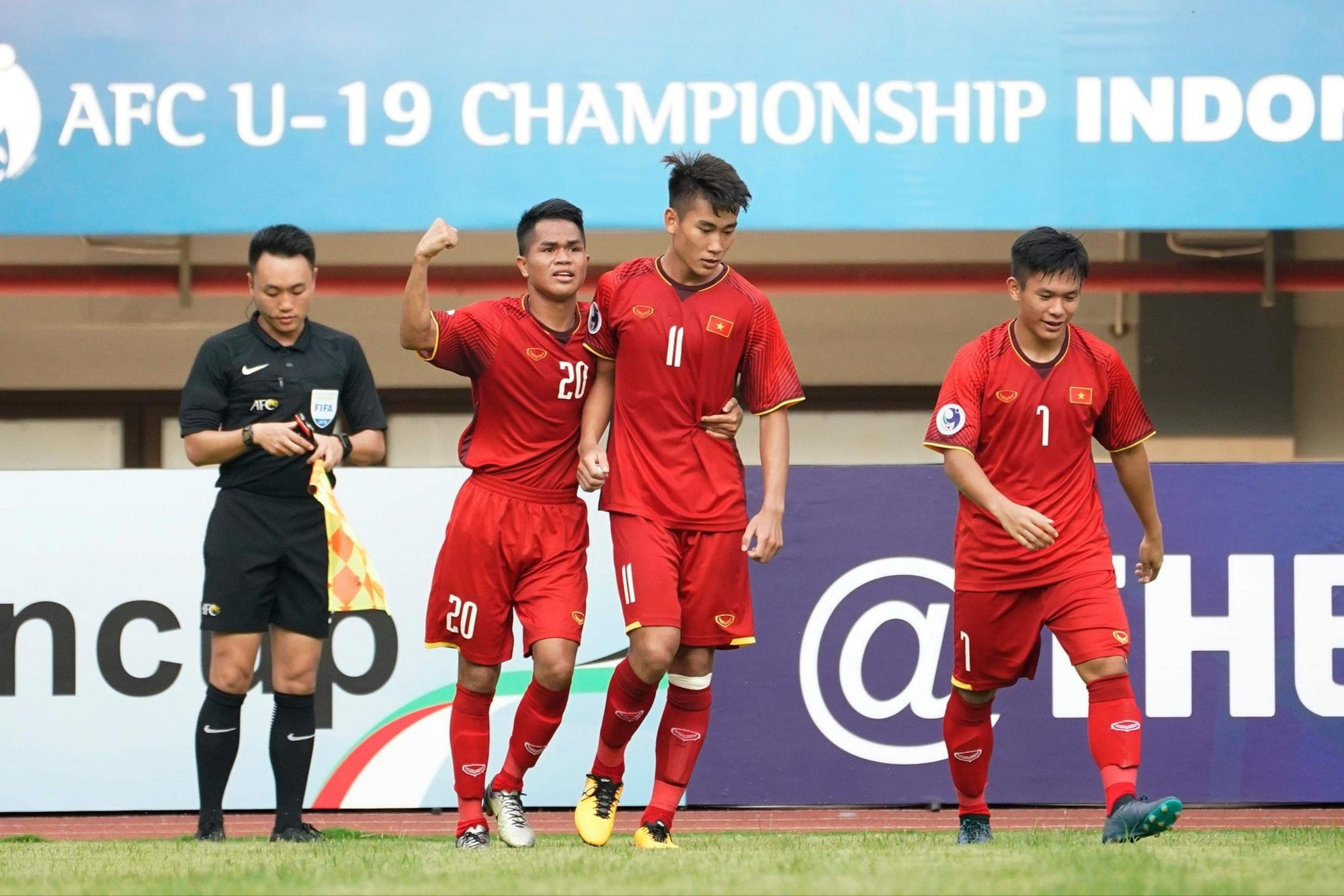 """Từ thành tích của U19 Việt Nam: Năm """"hạn"""" của bóng đá trẻ! - Ảnh 4."""