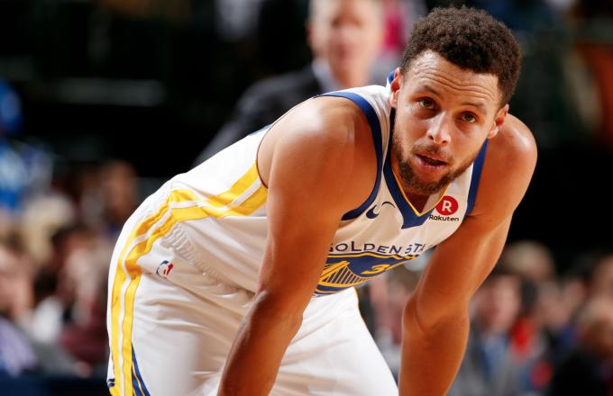 Stephen Curry đang lặng lẽ huỷ diệt NBA năm nay như thế nào? - Ảnh 1.