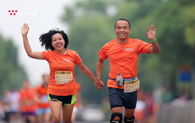 Longbien Marathon 2018: Nắm tay nhau về đích! - Ảnh 11.