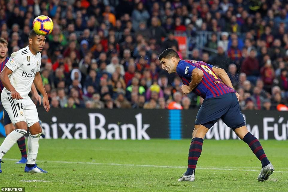 Barca khiến Real Madrid xây xẩm với chiến thắng bàn tay nhỏ - Ảnh 15.