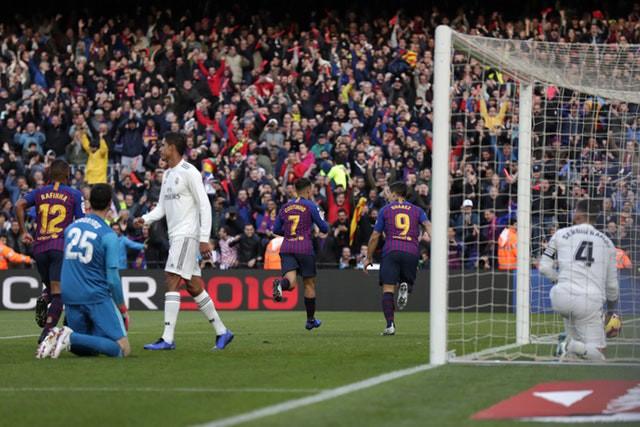Barca khiến Real Madrid xây xẩm với chiến thắng bàn tay nhỏ - Ảnh 6.