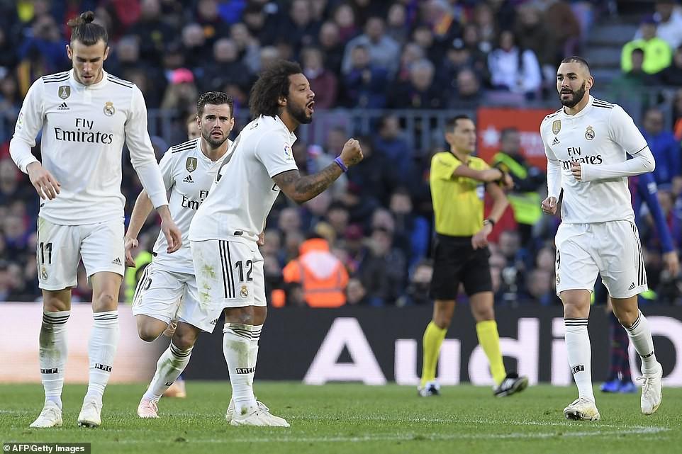 Hat-trick thần thánh của Suarez và top 5 điểm nhấn không thể bỏ qua ở trận El Clasico - Ảnh 6.