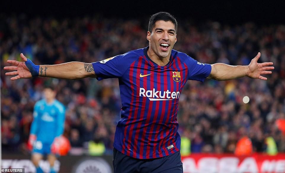 Choáng với kỷ lục bất bại và bàn thắng điện xẹt của Barca sau màn vùi dập Real Madrid - Ảnh 1.