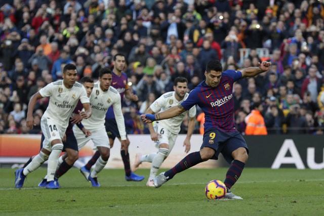 Barca khiến Real Madrid xây xẩm với chiến thắng bàn tay nhỏ - Ảnh 9.