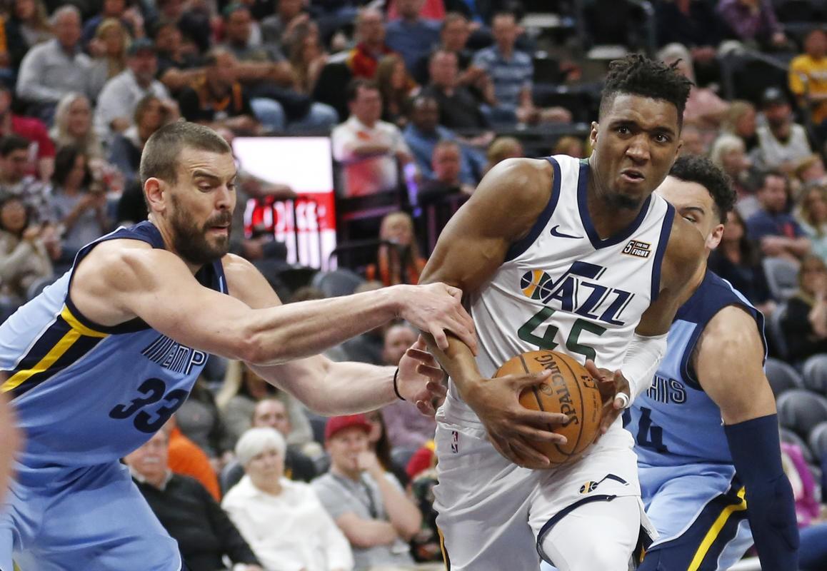 Derrick Rose, LA Clippers, Memphis Grizzlies và những điều thú vị nhất sau 20 trận đầu tiên NBA 2018-19 - Ảnh 5.