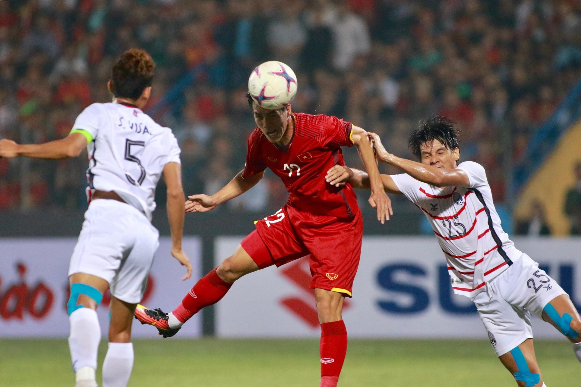 HLV Park Hang Seo tiết lộ gặp chấn thương khiến Văn Toàn suy sụp trước trận gặp Campuchia - Ảnh 4.