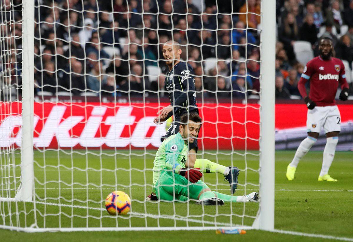 Video kết quả vòng 13 Ngoại hạng Anh 2018/19: West Ham - Man City - Ảnh 1.