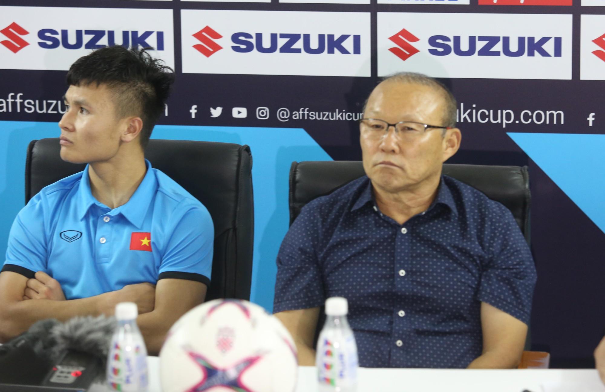 HLV Park Hang Seo tiết lộ gặp chấn thương khiến Văn Toàn suy sụp trước trận gặp Campuchia - Ảnh 2.