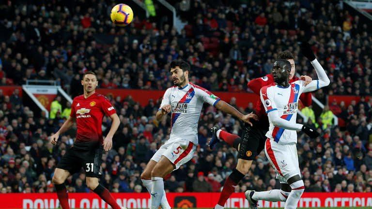 Video kết quả vòng 13 Ngoại hạng Anh 2018/19: Man Utd - Crystal Palace  - Ảnh 1.