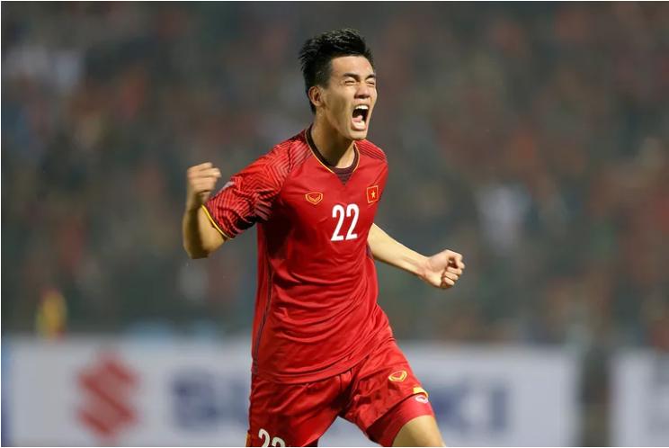 Truyền thông châu Á: Việt Nam quá mạnh cho Campuchia khi giành vé vào bán kết AFF Cup - Ảnh 3.