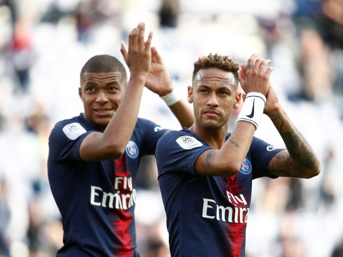 Báo chí Pháp tiết lộ mức lương gây sốc và điều khoản kỳ lạ của Neymar với PSG - Ảnh 1.