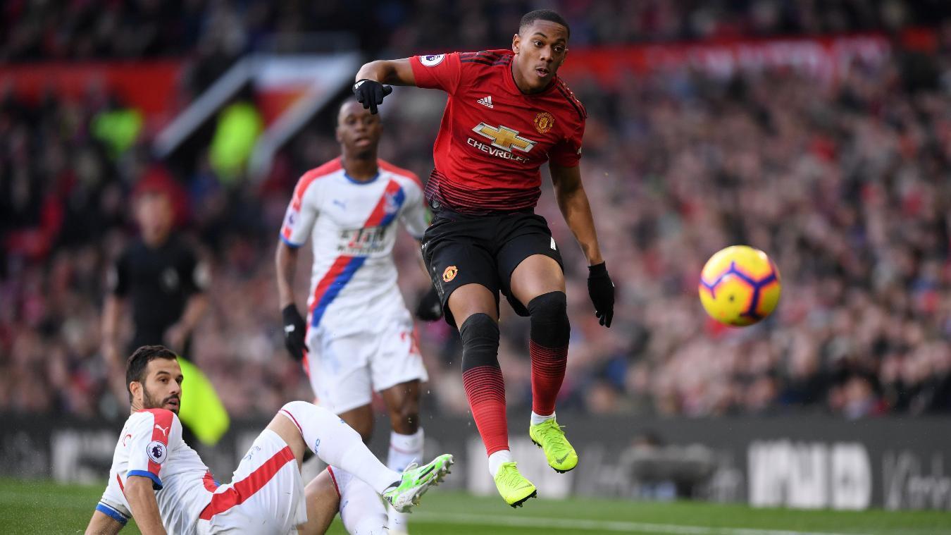 Martial bỏ lỡ kỷ lục và những điểm nhấn khi Man Utd chia điểm với Crystal Palace - Ảnh 3.