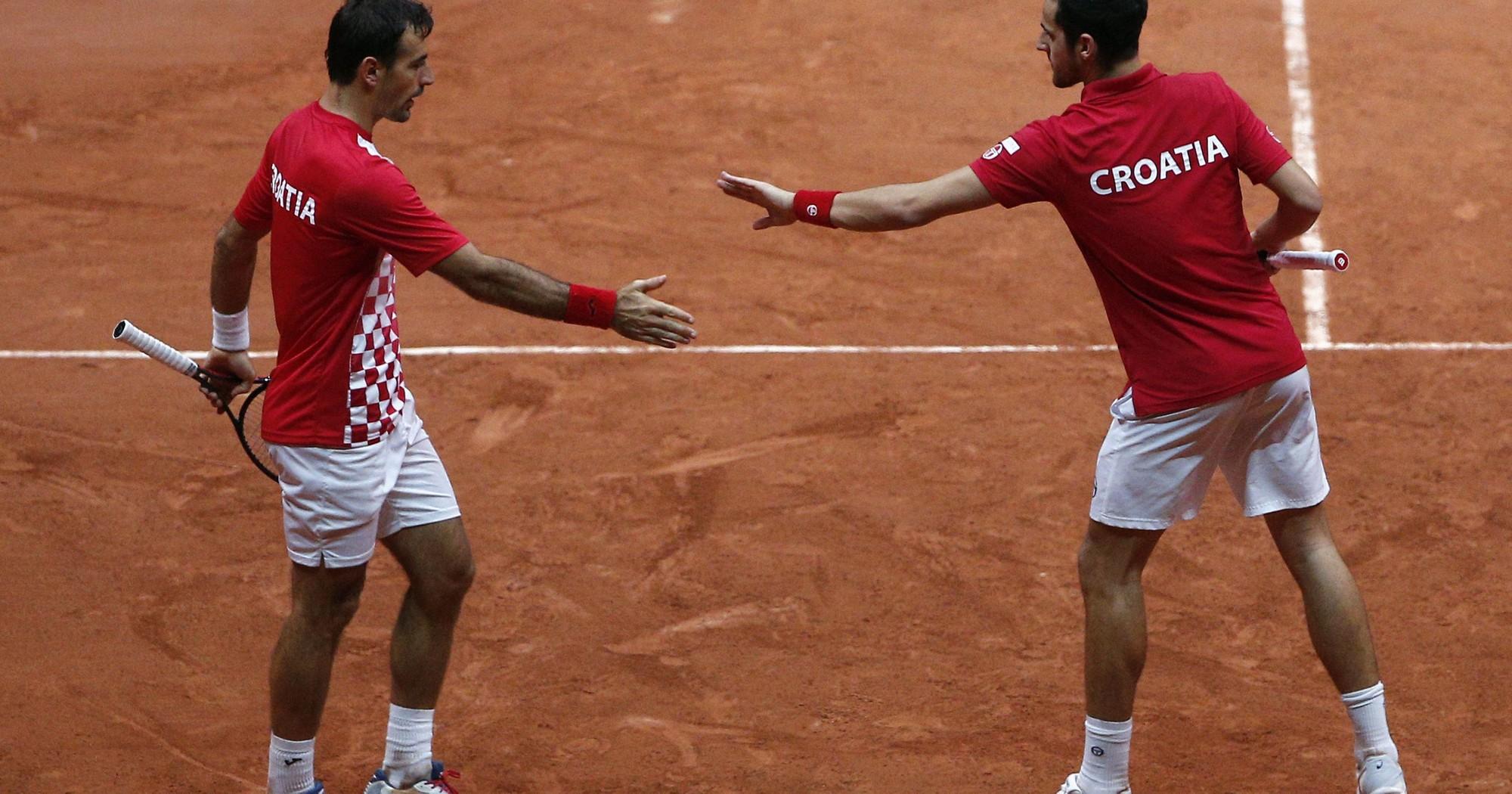 Pháp níu giữ hi vọng ở chung kết Davis Cup - Ảnh 1.