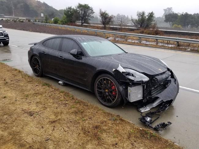 Thoát nạn đâm xe, Stephen Curry được hi vọng sẽ sớm trở lại - Ảnh 1.