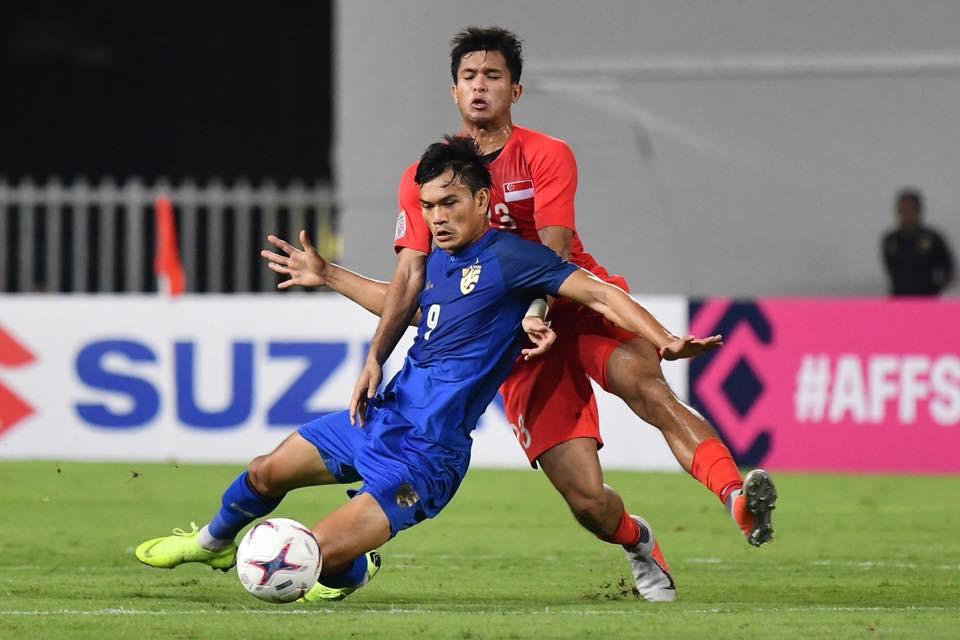HLV Thái Lan nói gì khi đội nhà đứng đầu vòng bảng AFF Cup 2018? - Ảnh 2.