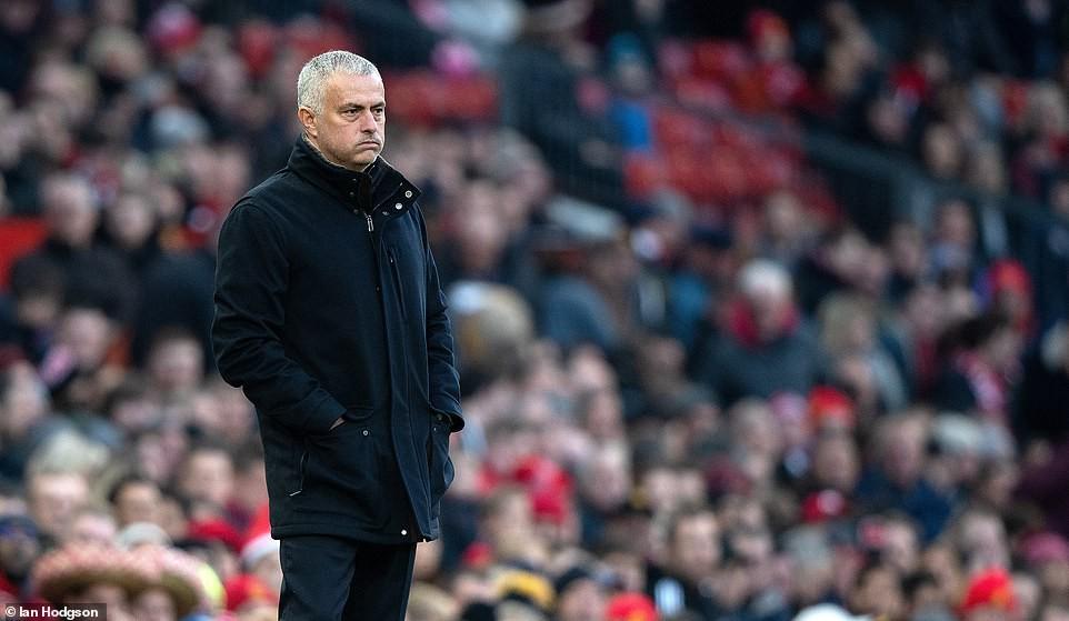 Hòa nhạt Crystal Palace, HLV Mourinho tiếp tục vạch tội các cầu thủ Man Utd - Ảnh 4.