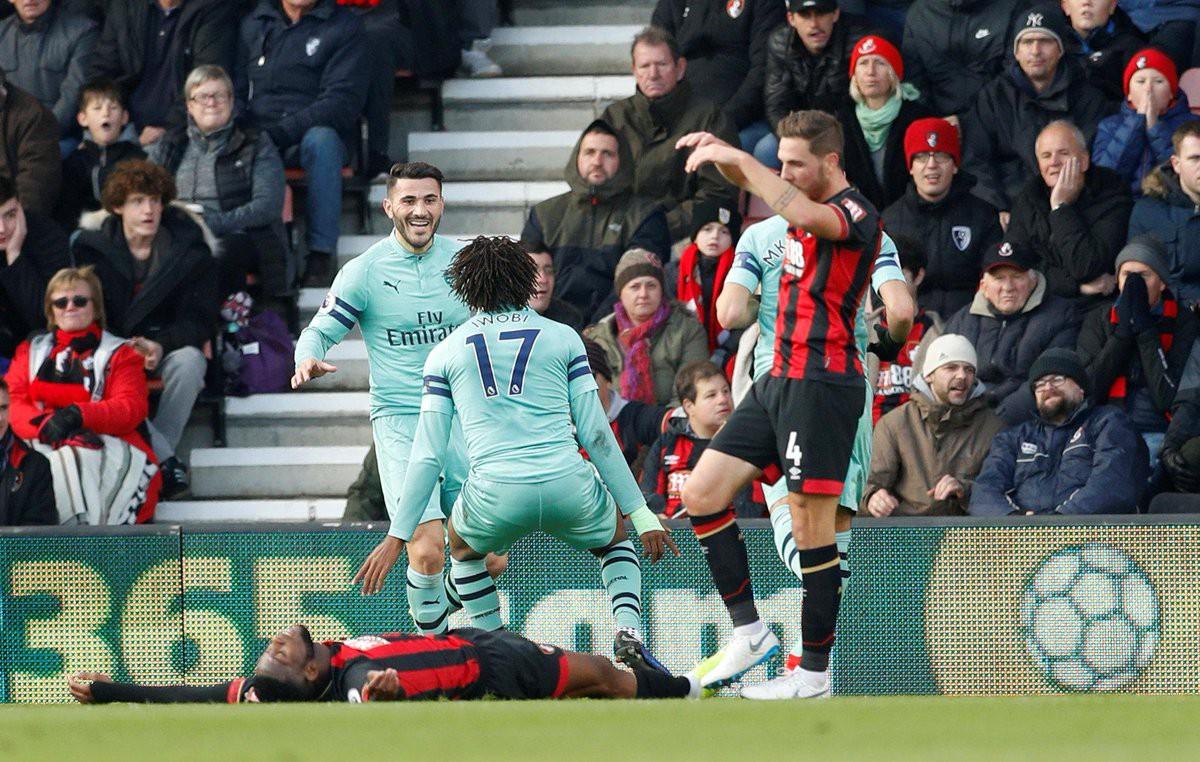 Video kết quả vòng 13 Ngoại hạng Anh 2018/19: Bournemouth - Arsenal - Ảnh 1.