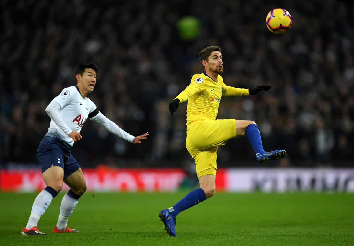 Hazard bị tước đoạt phạt đền và 5 điểm nhấn từ trận Tottenham - Chelsea - Ảnh 4.
