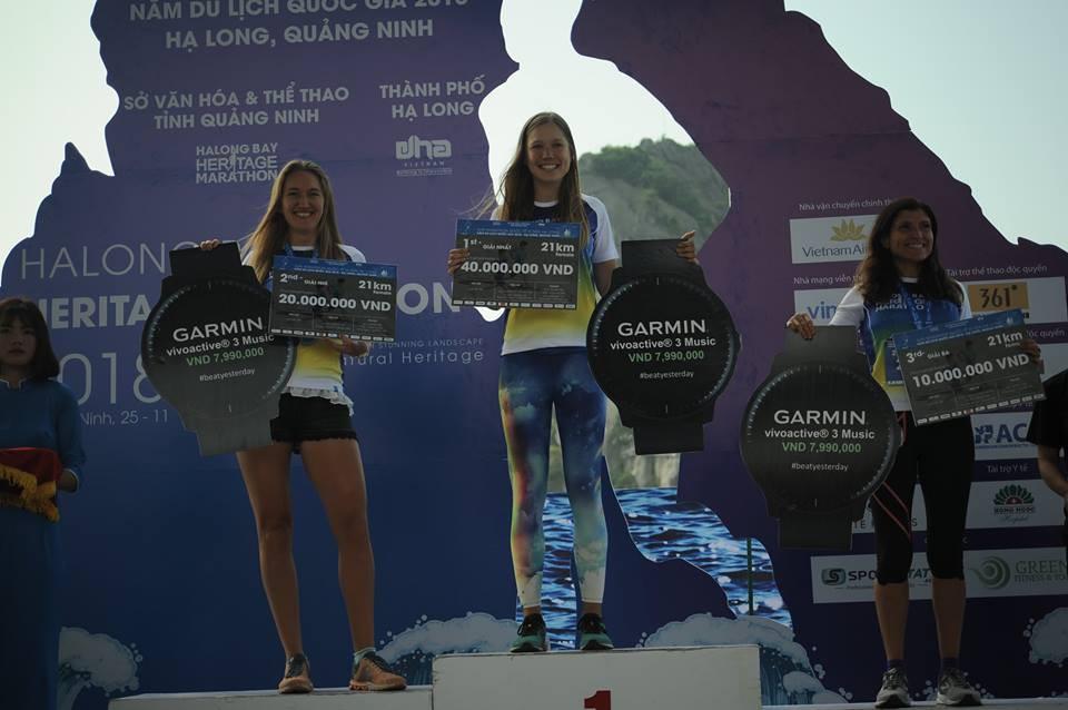 ĐKVĐ 100km VMM chịu thua kỷ lục gia 100km thế giới Lee Grantham ở Hạ Long - Ảnh 11.