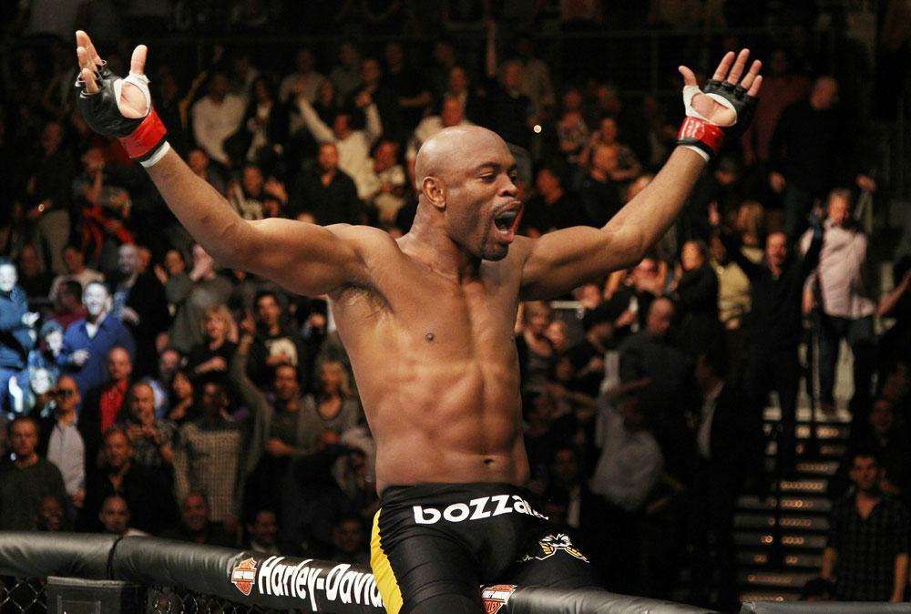 UFC 234: Trận chiến của những ông vua màu mè - Ảnh 4.