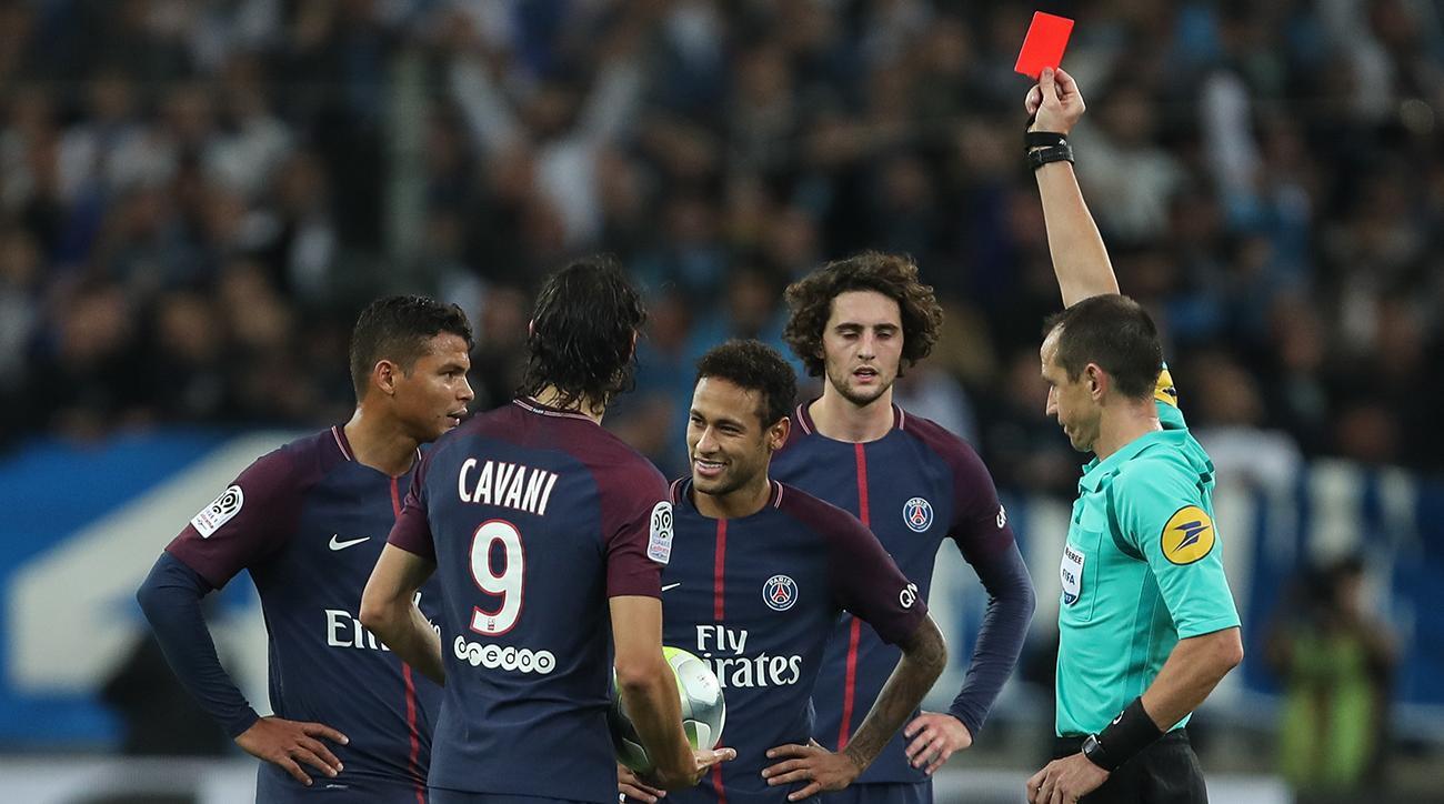 Báo chí Pháp tiết lộ mức lương gây sốc và điều khoản kỳ lạ của Neymar với PSG - Ảnh 3.