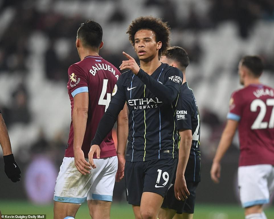 Đè bẹp West Ham, 5 điểm nhấn từ trận thắng 4-0 của Man City tại London - Ảnh 2.