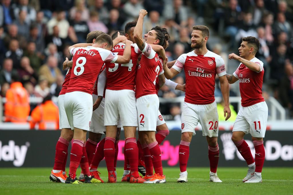 Tại sao Unai Emery sẽ phải đau đầu về lựa chọn khó khăn cho cặp trung vệ của Arsenal? - Ảnh 5.