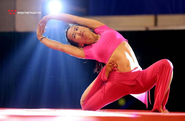 Hấp dẫn sân chơi chuyên nghiệp đầu tiên cho những tín đồ Yoga tại Việt Nam - Ảnh 9.