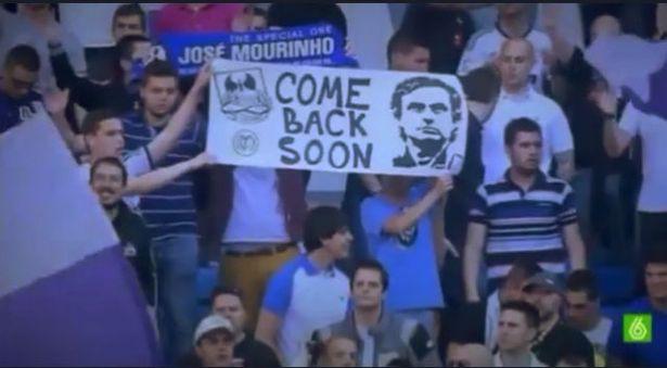 Trong khi đang gặp khó ở Man Utd, Mourinho vẫn được các CĐV Real Madrid cầu khẩn trở lại - Ảnh 1.