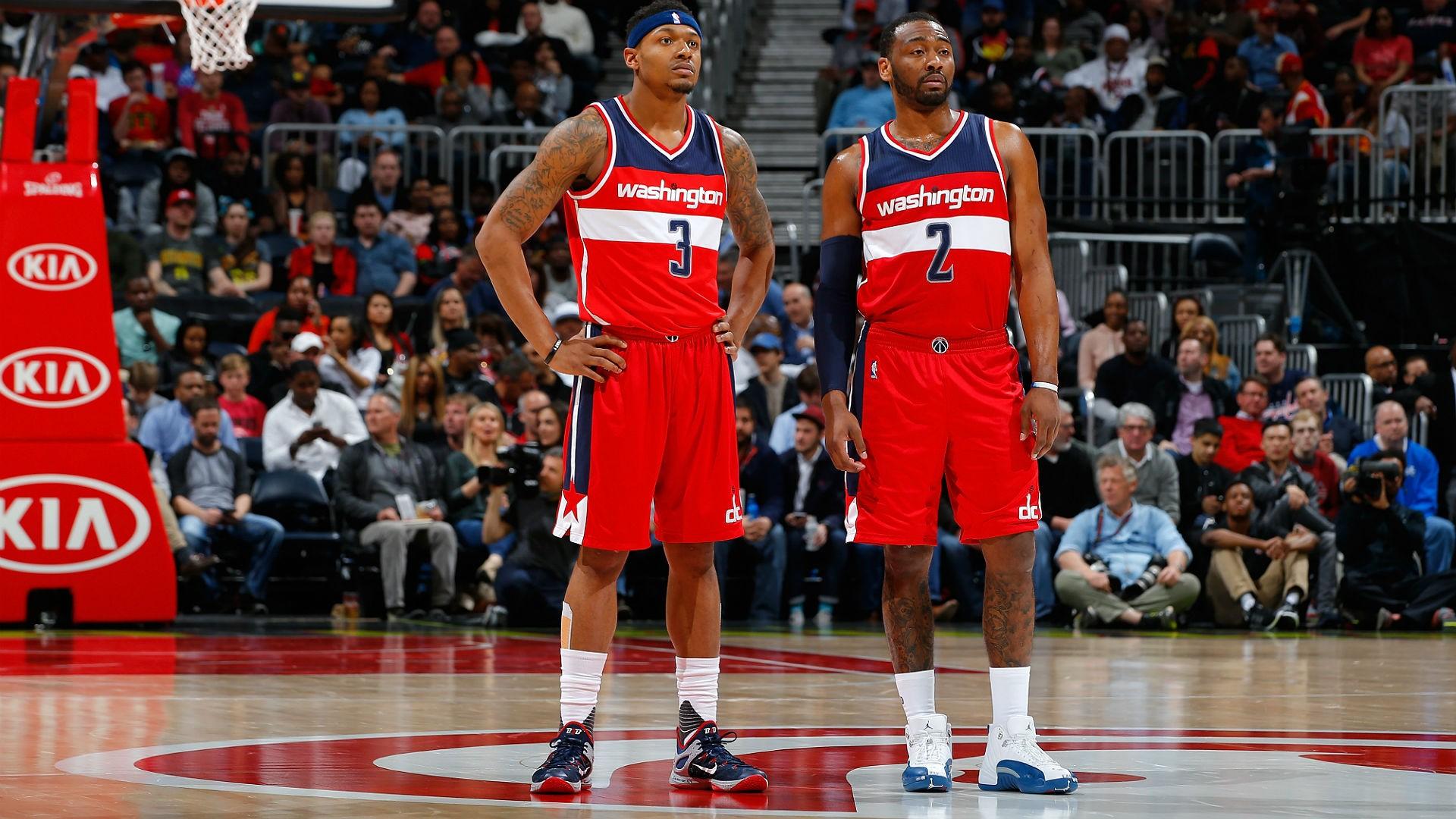 Washington Wizards sẽ mất rất nhiều nếu muốn trao đổi John Wall và Bradley Beal - Ảnh 1.