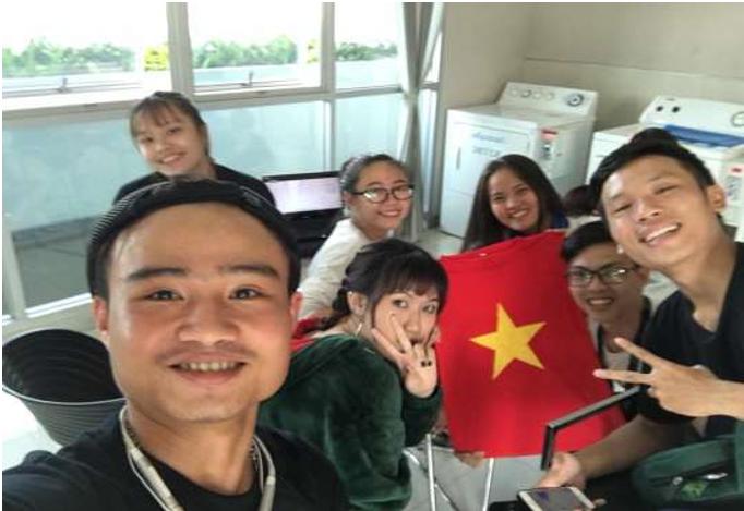 """Người bạn nước ngoài và câu thần chú """"Việt Nam vô địch"""" - Ảnh 2."""